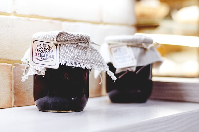 3-Ingredient Blueberry Jam (Low-Calorie Compote)