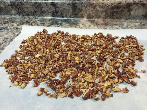 toasted nuts, quick and easy recipe, healthy recipe, maple almonds, toasted almond recipe, weight loss, healthy cookbook, clean eating, non-processed food, HIIT workouts, at-home workout