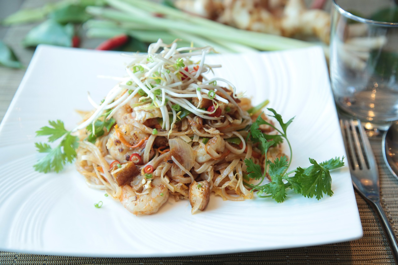 Pad Thai with Peanut Sauce