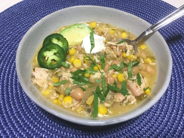creamy white chicken chili, fullforlife, full for life, healthy crockpot meals, slow cooker recipe, no clean up recipe
