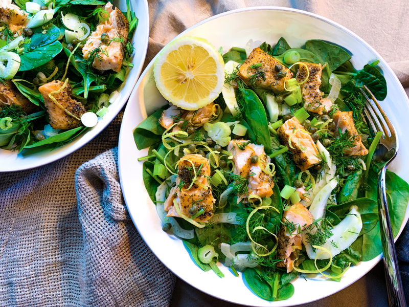 Fennel Salad with Seared Salmon and Baby Spinach